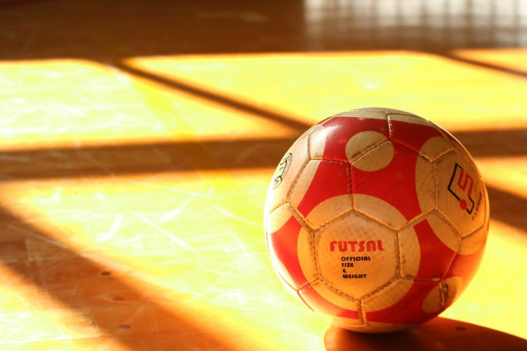 ボールを蹴るだけで〇〇